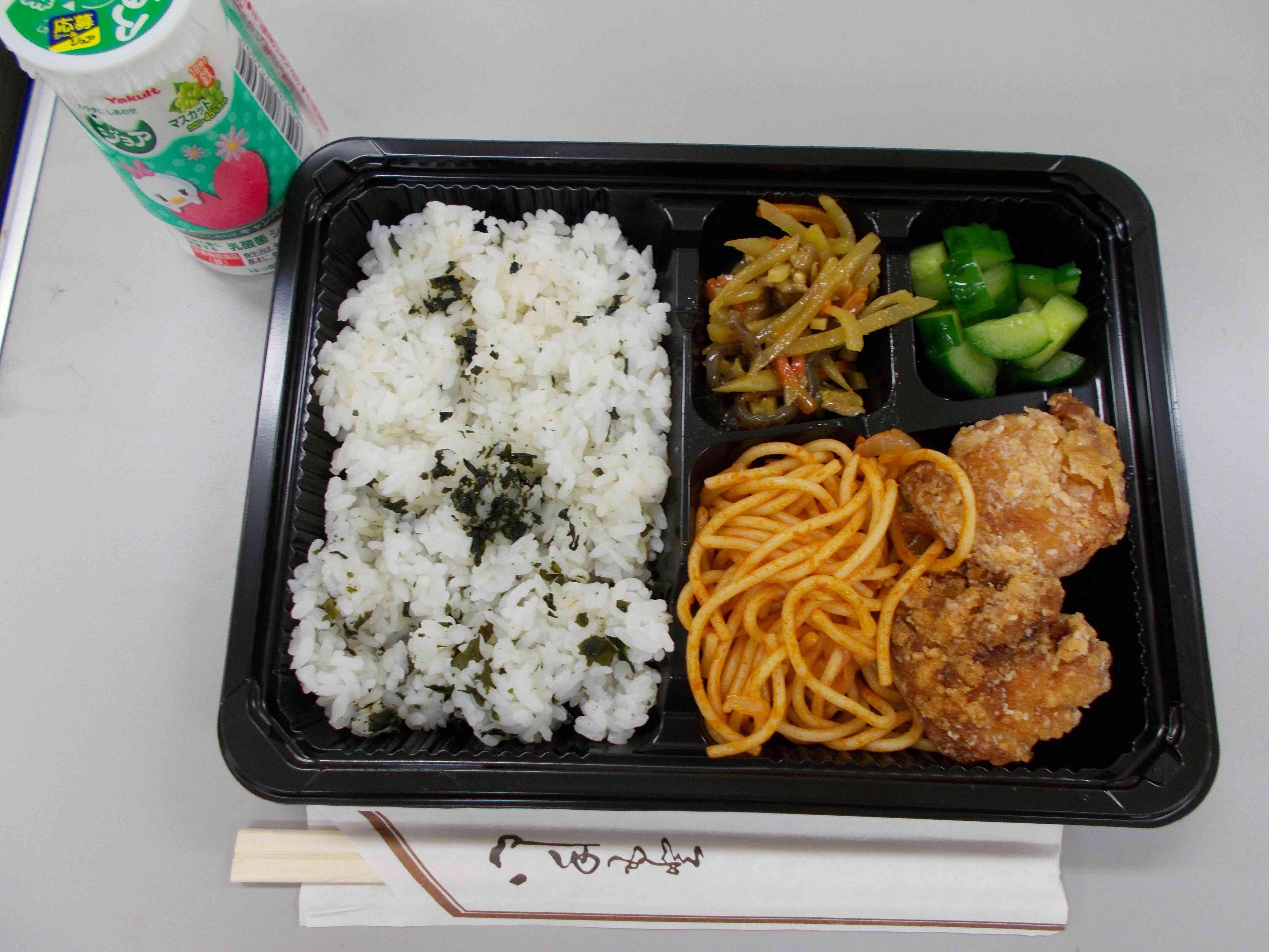 お弁当給食  中高学年.JPG